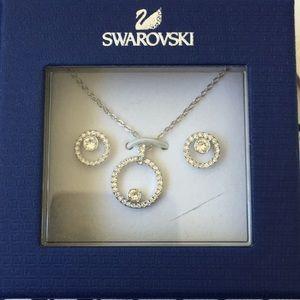 Swarovski Jewelry - New Swarovski Necklace Earrings Set 42aa70d30e2